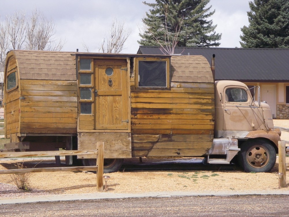 log cabin rv 6