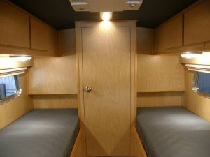 49-flxible-clipper-bus-motorhome-conversion-for-sale-0010-600x450