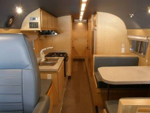 49-flxible-clipper-bus-motorhome-conversion-for-sale-007-600x450