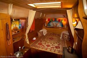 dipa-vasudeva-das-work-van-to-tiny-cabin-conversion-diy-motorhome-002-600x400