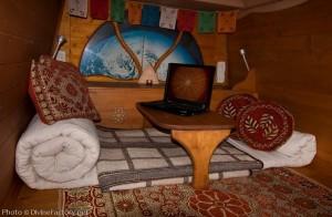 dipa-vasudeva-das-work-van-to-tiny-cabin-conversion-diy-motorhome-009-600x392