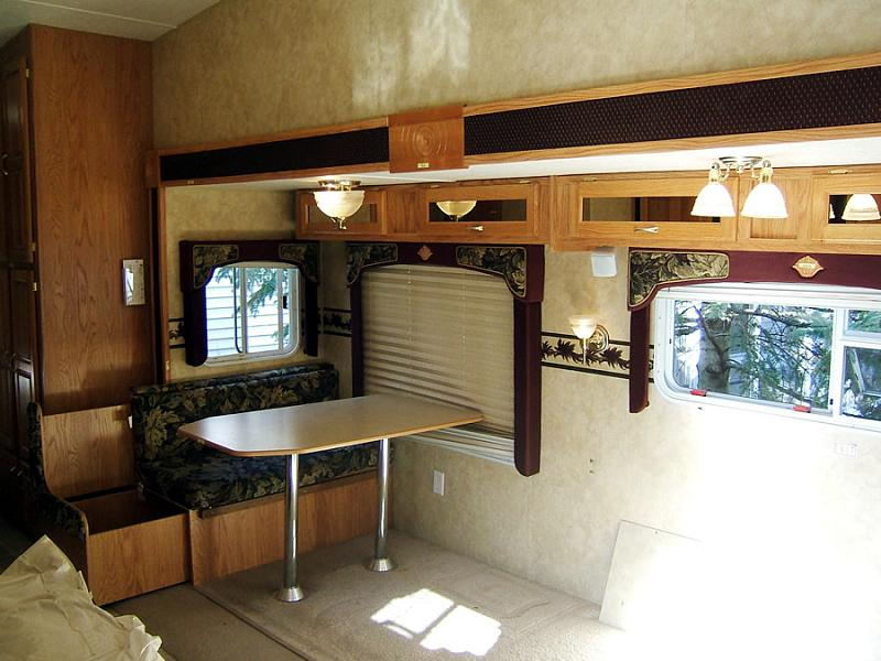 Rv Furniture Choosing Rv Motorhome Toyhauler Furniture Rvshare Com