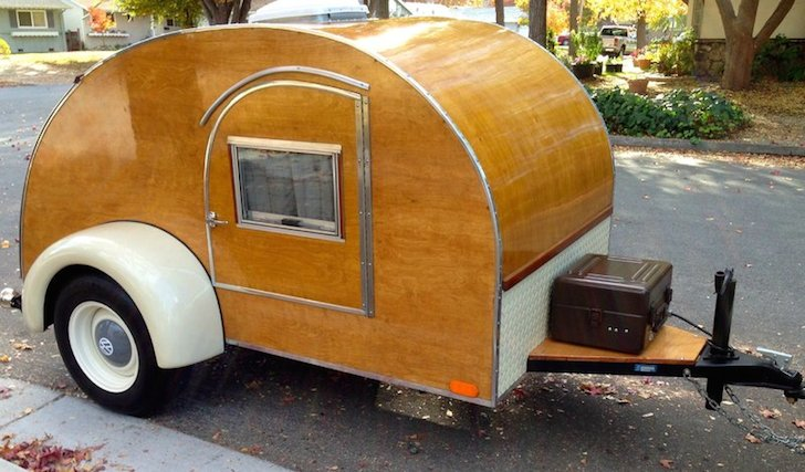 1940s-teardrop-camper