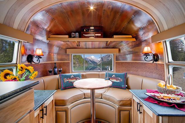 Custom-1954-Airstream-Flying-Cloud-Travel-Trailer-4