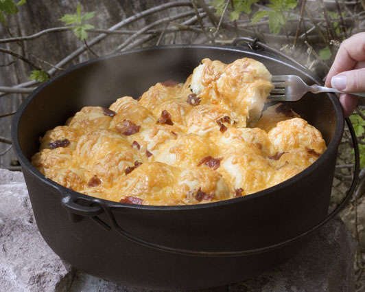 Dutch Oven Bacon Cheese PullAparts