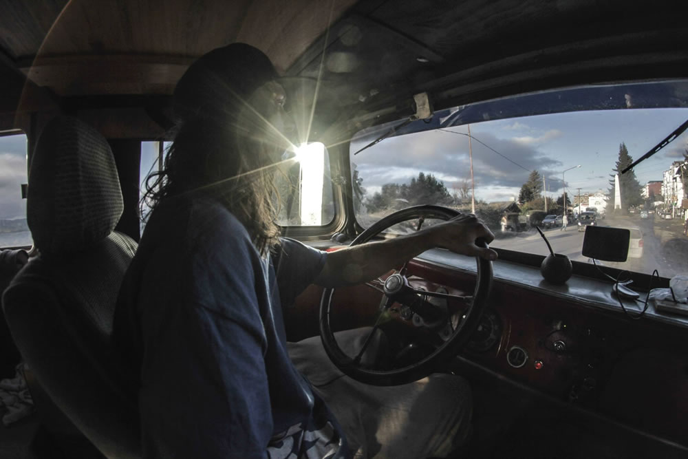 La-Chanchita-Adventure-Bus-Conversion-25_crop