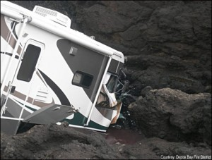 rv-stuck-on-side-of-mountain