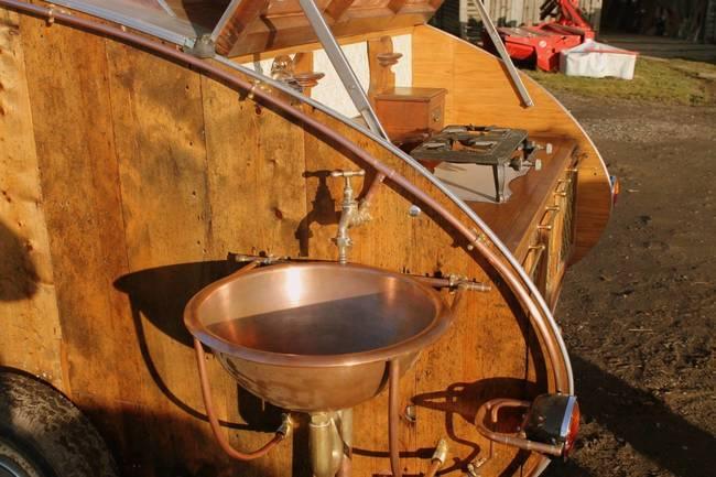 steampunk-teardrop-dave-moult-9.jpg.650x0_q70_crop-smart