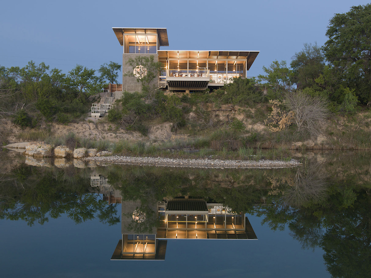 01 Modern-home-built-around-a-vintage-trailer