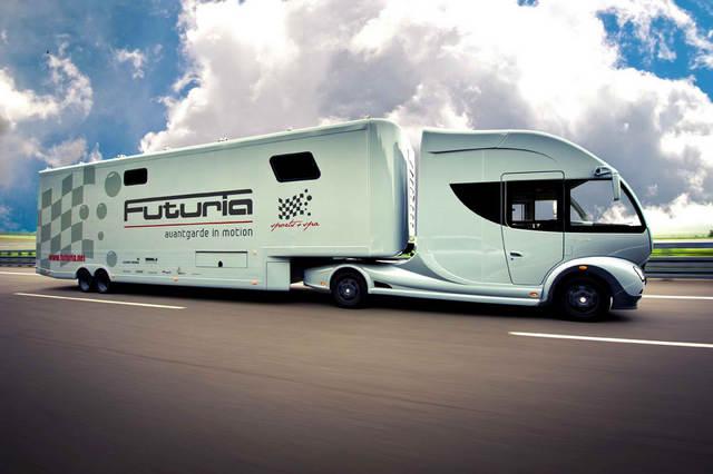 08 futuria-1