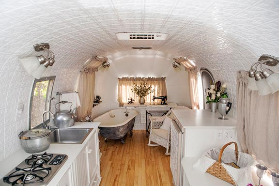 092-airstream_finished-01