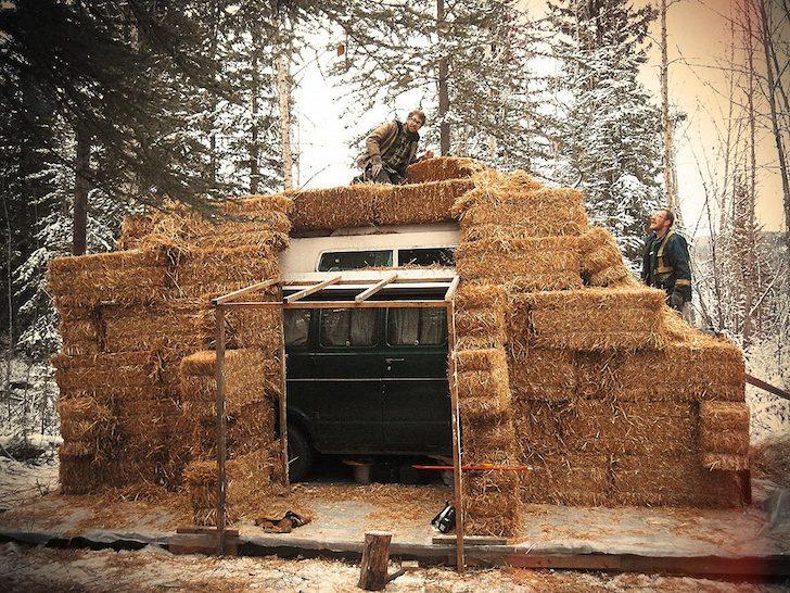 Bales-of-hay-around-the-van