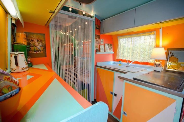 Kitchen-in-1976-Airtream