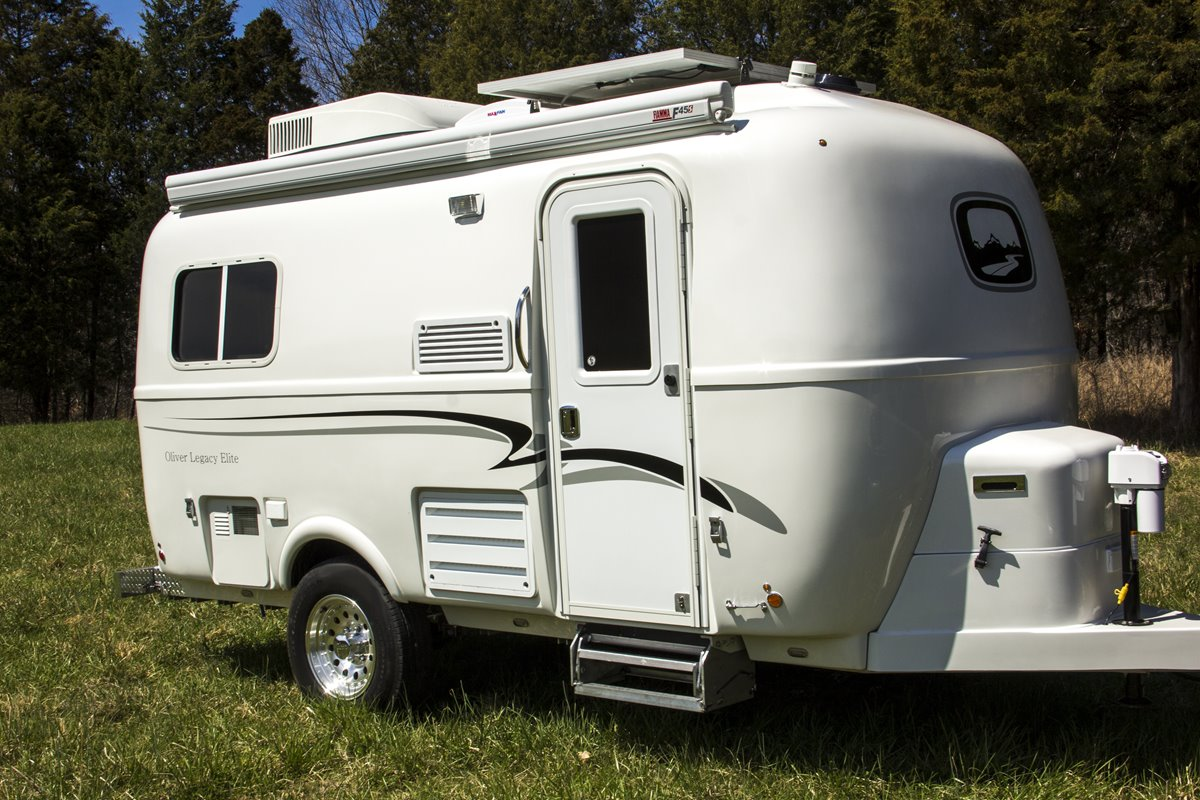 Legacy Elite travel Trailer