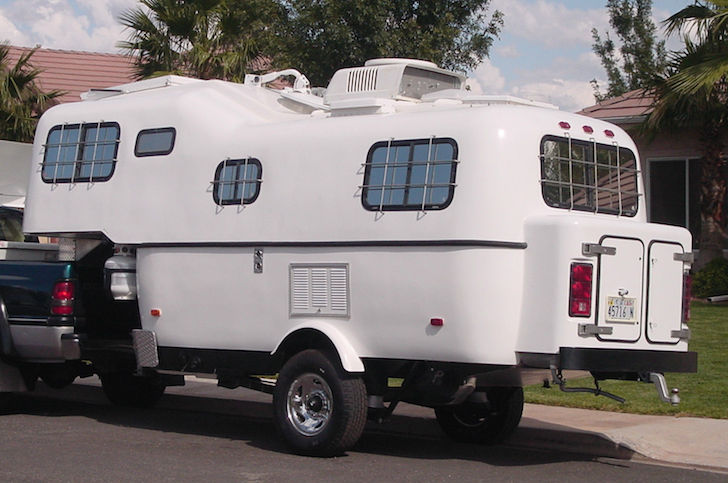 Outside-of-a-custom-Scamp-5th-wheel-trailer