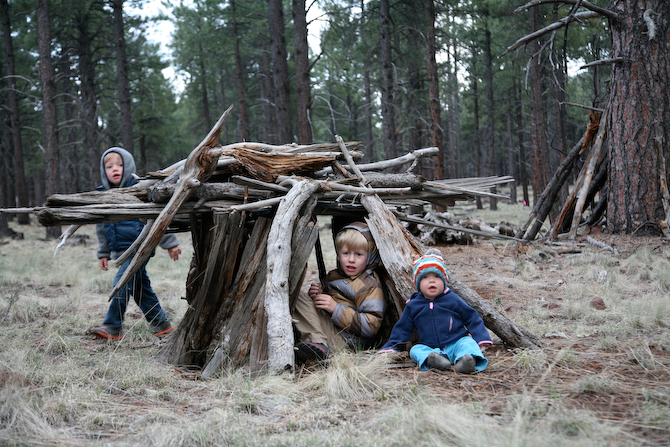 Wilderness-survival-skills-for-young-children
