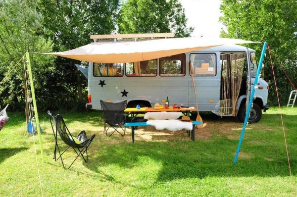 surf-bus-cozy-camper-van-001-600x398
