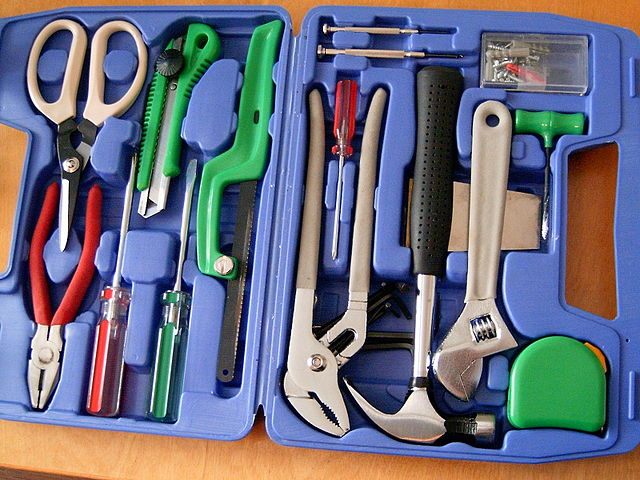 640px-20060513_toolbox