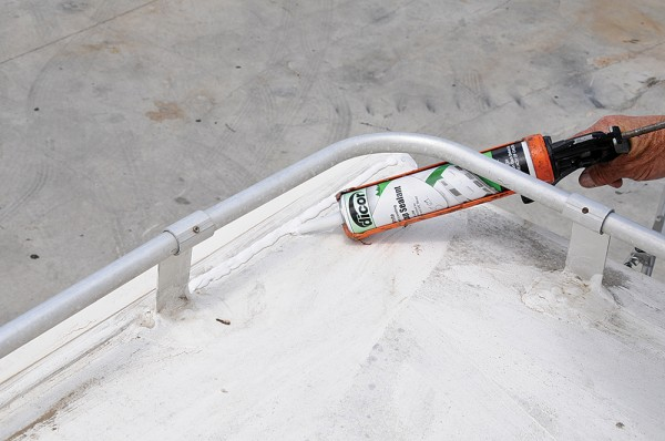 RV-roofs-dicor-sealant