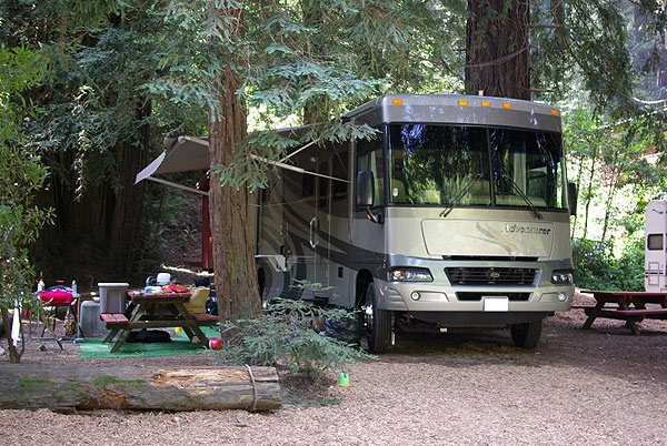 Riverside_Campground_and_Cabins_RV_Campsite-01md