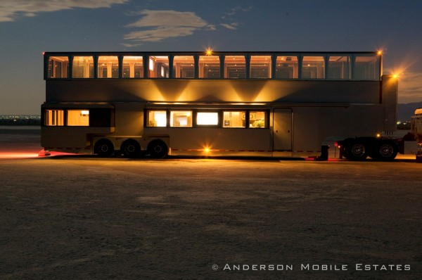 Anderson-Mobile-Estates-Double-Decker-Semi-Trailer-18-Wheeler-Conversion-02-600x398