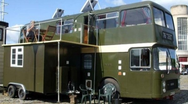 Bristol-Couples-Double-Decker-Bus-Conversion-600x334