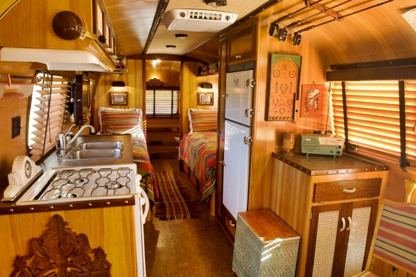 adirondack-airstream-trailer-beds