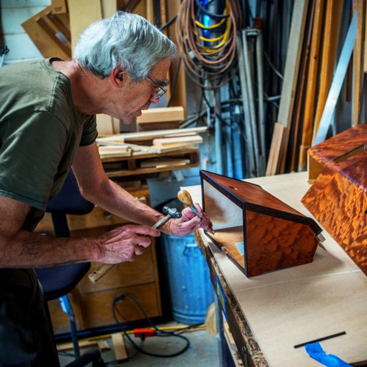 carpenter-working-on-vixen-part_s
