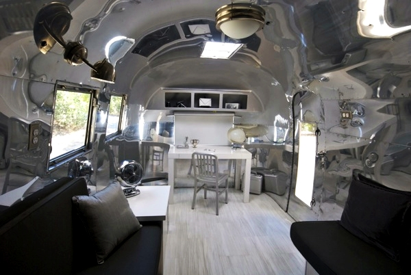 luxelounge-airstream-glibetrotter