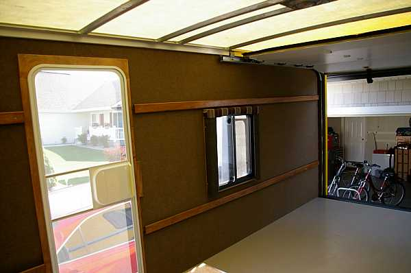 moving-truck-rv-conversion-11