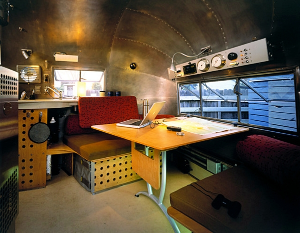 paul-welscheyer-airstream-interior