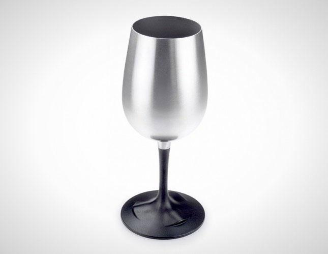 steel-wine-glass-645x4991