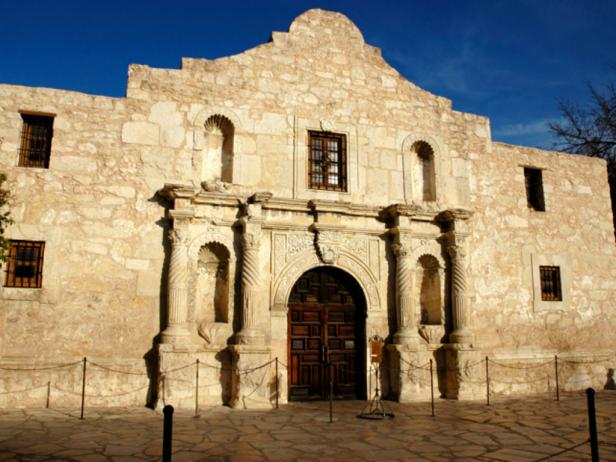 texas-historic-sites-alamo.rend.tccom.616.462