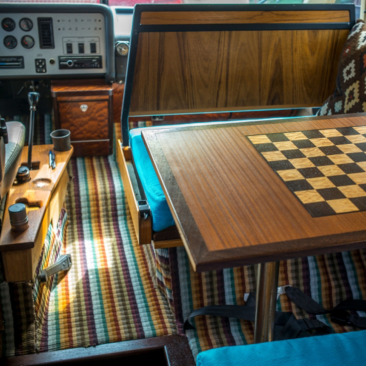 vixen-interior-wood-chess-table_s