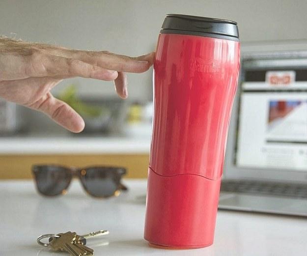 no spill travel mug