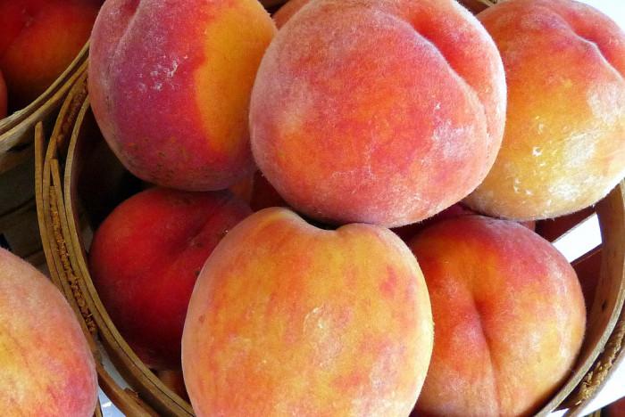 peaches-700x468