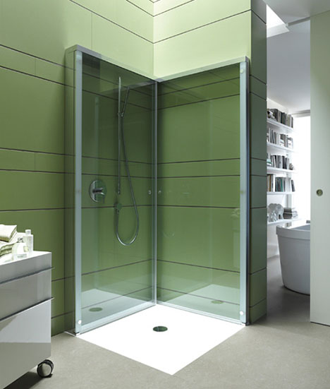 small-space-shower-detail